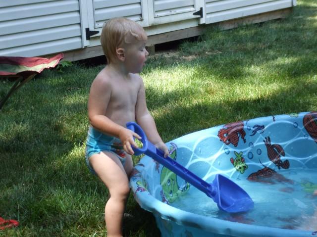 Pool and shovel
