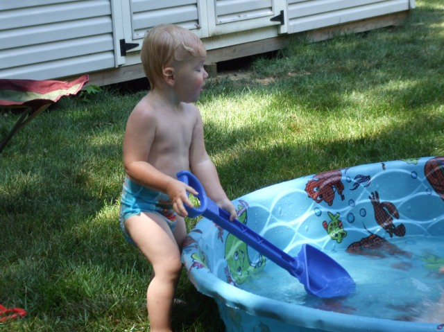 Pool and shovel