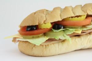 submarine-sandwich-702802_1920(2)