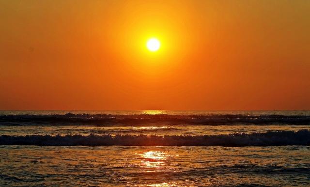 sun-rise-693384_1920