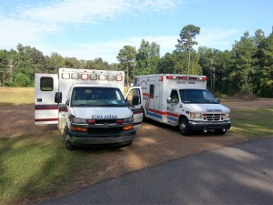 ambulances-641458_1920 (2)